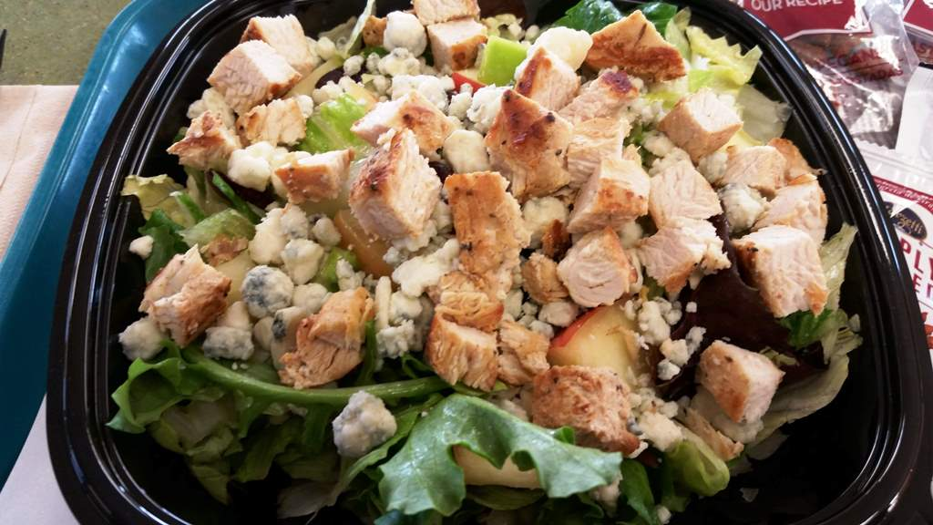 wendys apple pecan chicken salad
