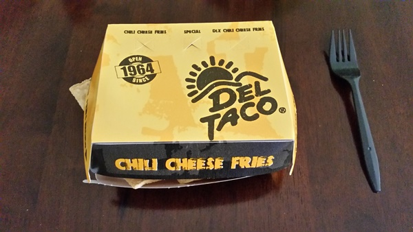 del taco chili cheese nachos